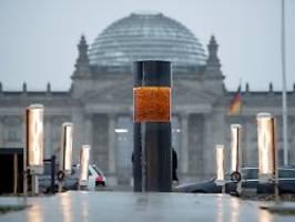 Mahnmal in Nähe des Reichstags: Säule mit Holocaust-Asche errichtet