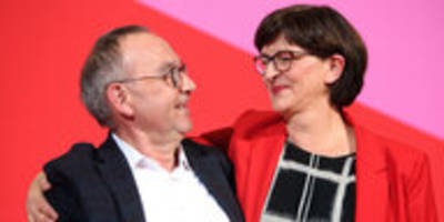 Umgang mit Frauen in der Politik: Mehr als Elternbeirat