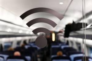 Angst vor Strahlung: Handyhasser greift erneut Bahnreisende an