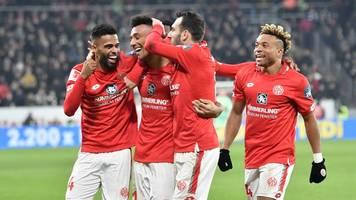 Mainz 05 verlängert schwarze Derby-Serie von Frankfurt