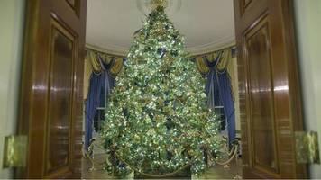 advent im weißen haus: remake von the shining: so kommentieren nutzer melanias weihnachtsdeko auf twitter