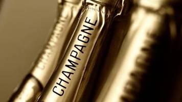 Wegen Frankreichs Digitalsteuer: USA drohen mit Zöllen von bis zu 100 Prozent auf Champagner und Käse