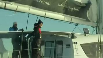 Video: Greta Thunberg segelt in Richtung Klimagipfel