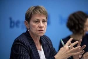 senat: senat: mindestlohn von 12,50 euro für öffentliche aufträge