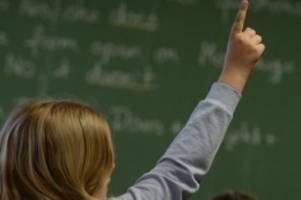 Internationaler Vergleichstest: Neue Pisa-Studie - Deutschland diesmal Top of the Pops?