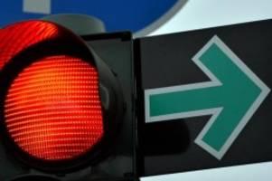 Verkehr: An acht Berliner Kreuzungen verschwindet der Grüne Pfeil