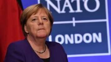 kanzlerin merkel verteidigt ausweisung russischer diplomaten