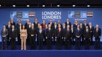 Merkel und Trump nennen NATO-Gipfel sehr erfolgreich
