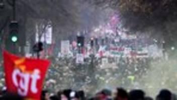Paris: Generalstreik legt öffentliches Leben in Frankreich lahm
