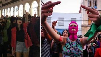 Aus Chile nach Deutschland: Der Vergewaltiger bist du: Kämpferischer Frauen-Protest erobert Hamburg