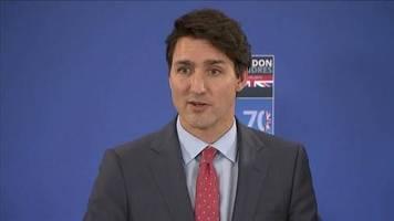 Video: Trudeau und Johnson äußern sich zu angeblichem Tratsch-Video