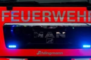 Brände: Hoher Schaden nach Brand in Mehrzweckhalle