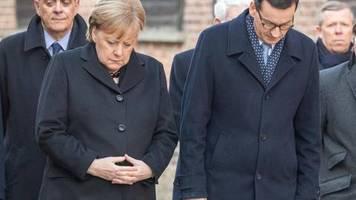 Appell gegen neuen Rassismus: Merkel in Auschwitz: Wir dürfen niemals vergessen