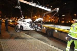 Polizei und Feuerwehr: Blaulicht-Blog: Motorradfahrer bei Unfall schwer verletzt