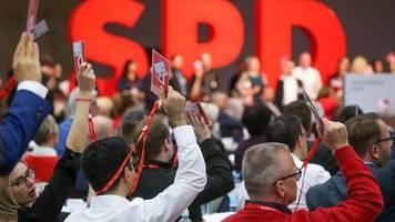 SPD-Parteitag: Partei nimmt Leitantrag mit übergroßer Mehrheit an – sofortiger Groko-Ausstieg vom Tisch