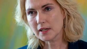 Schwesig rät SPD zur Wahl von vier statt drei Vizechefs
