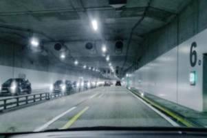 Verkehr: Verkehrsfreigabe für A7-Lärmschutztunnel: Vollsperrung folgt