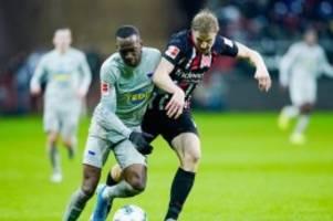Bundesliga-Freitagsspiel: Klinsmann mit Hertha weiter sieglos - 2:2 in Frankfurt