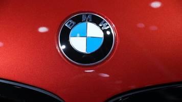 Autobauer: BMW verkauft im November mehr Autos
