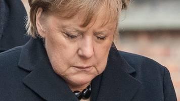 Erster Besuch - Merkel in Auschwitz: Empfinde tiefe Scham