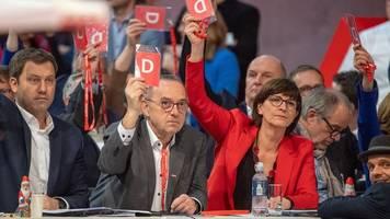 gespräche mit union geplant: spd-parteitag lehnt antrag zu ausstieg aus groko ab