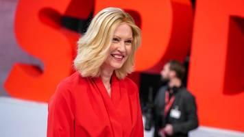 Manuela Schwesig: Zuversichtlich im Kampf gegen den Krebs