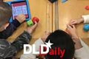 FOCUS Online vor Ort - Roboter-Unterricht für Sechstklässler: Wie Schüler lernen, Maschinen zu programmieren