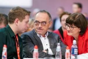 SPD-Parteitag in Berlin: Sozialdemokraten rüsten sich für Verhandlungen mit der Union