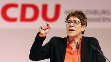 SPD-Parteitag: Kramp-Karrenbauer weist Forderungen zurück