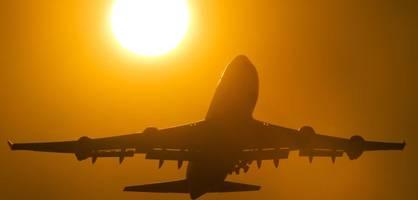 Trotz Klimadebatte steigt die Zahl der Passagiere in die Höhe
