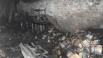 neu delhi: mehr als 40 tote bei fabrikbrand in indien