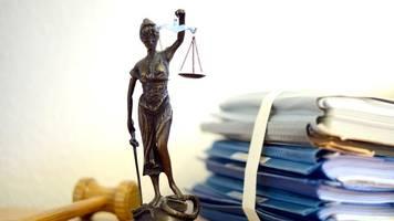 Geisterfahrer wegen mehrfachen versuchten Mordes vor Gericht
