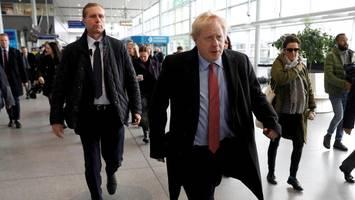 Brexit im Newsblog: Zeitung nennt Boris Johnson gefährlichen Scharlatan
