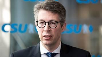 CSU-Generalsekretär: Kein Kurswechsel nach SPD-Parteitag