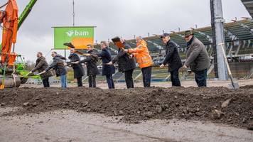 Karlsruhe: Erster Spatenstich für neues Wildparkstadion des KSC gemacht