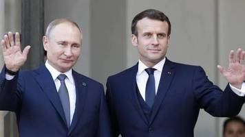 «Yes, I'm happy!»: Putin zufrieden mit erstem Selenskyj-Treffen