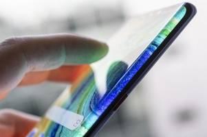 das neue huawei-smartphone mate 30 pro im test