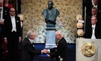 rassismus-vorwurf und proteste: peter handke erhält nobelpreis