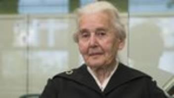 ursula haverbeck: holocaust-leugnerin soll volle haftstrafe verbüßen