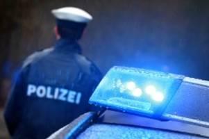 Polizei und Feuerwehr: Blaulicht-Blog: Fahrer verliert Kontrolle und fährt Mann an