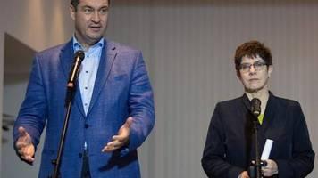 Zukunft der GroKo: Kramp-Karrenbauer und Söder treffen sich mit SPD-Chefs
