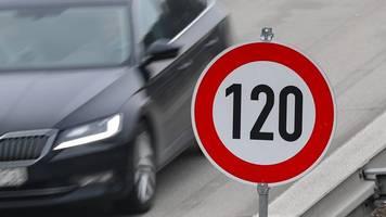 linksfraktion wirbt für tempo 120 auf hessischen autobahnen
