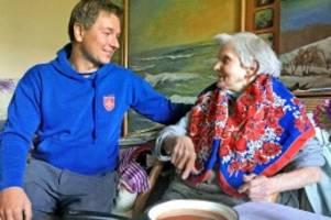 hilfe für lettland und litauen: suppenküchen und tagespflege für bedürftige