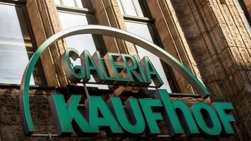 Warenhauskonzern: Kaufhof-Beschäftigte streiken mitten im Weihnachtsgeschäft