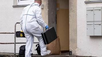 Politiker beklagen Verrohung: Hausbewohner sticht auf Stadt-Mitarbeiter ein