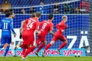 Bundesliga am Freitag: Nächste Enttäuschung für Hoffenheim: Pleite gegen Augsburg