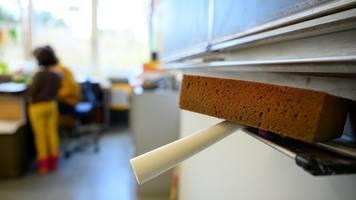 Landtag berät über grün-schwarze Bildungspolitik