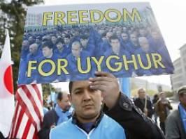 umerziehung oder spracherwerb?: china bezeichnet uiguren-lager als internate