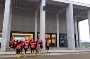 Baustelle: Flughafen BER: Flughafenkontrolleure inspizieren Terminals