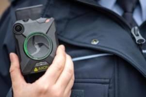 Innere Sicherheit: Bodycams für Berliner Polizisten werden getestet
